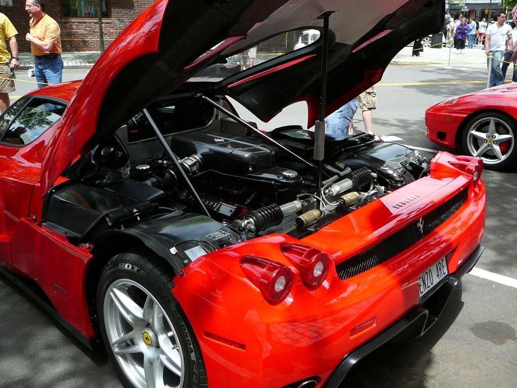 Audi R8 Wiki >> File:SC06 2003 Enzo Ferrari engine.jpg - Wikimedia Commons