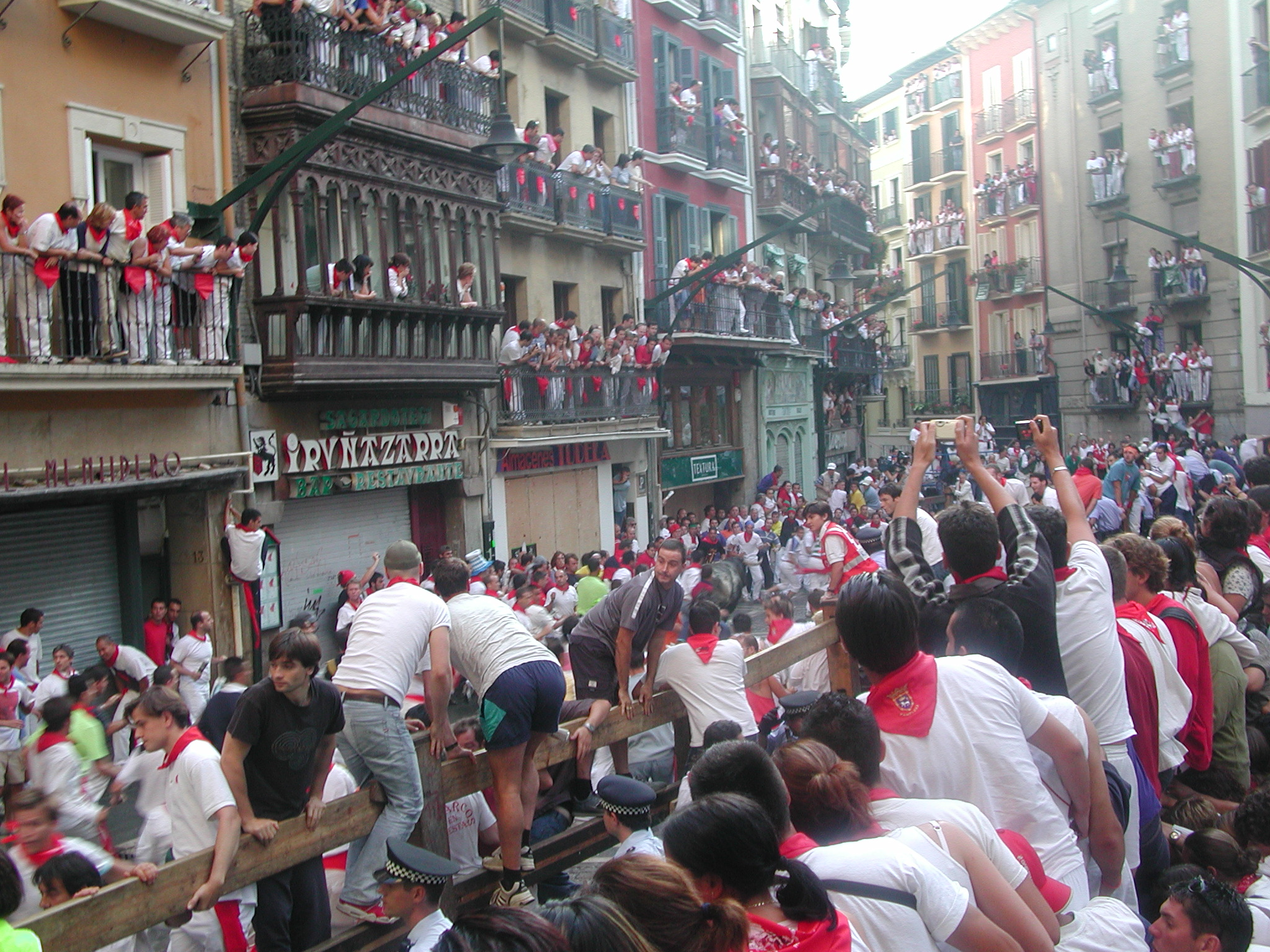 Pamplona Spain  City new picture : Sanfermines Vaquillas Pamplona 08 Wikimedia Commons