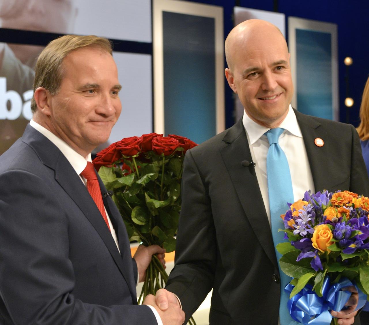 Fil:Stefan Löfven och Fredrik Reinfeldt efter slutdebatten i SVT.jpg – Wikipedia