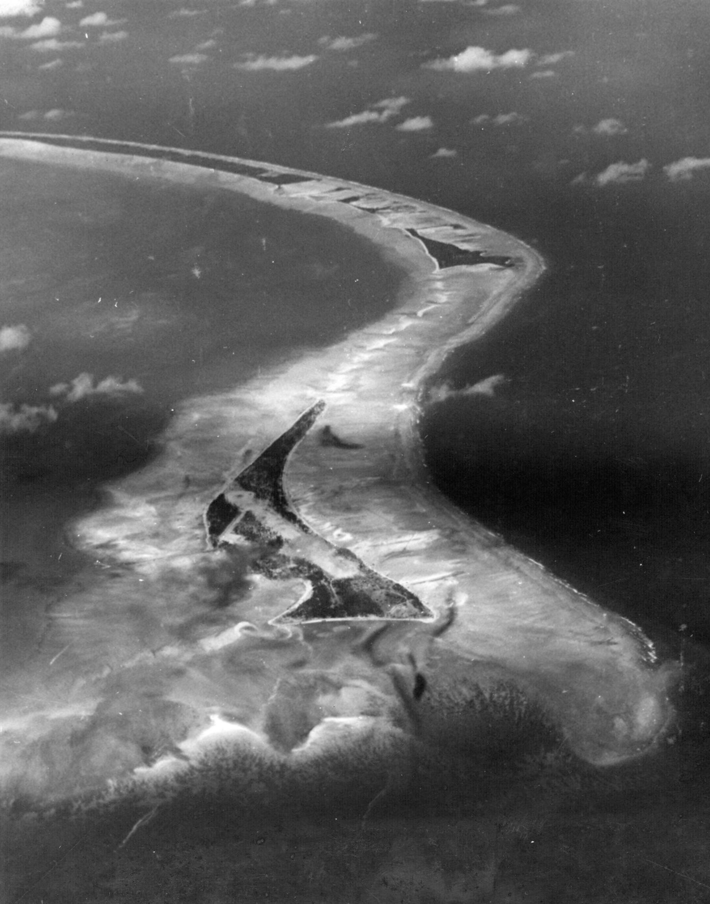 Tarawa Atoll aerial photo Sept 1943
