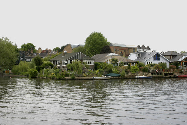 Thames Ditton Island - geograph.org.uk - 1318632
