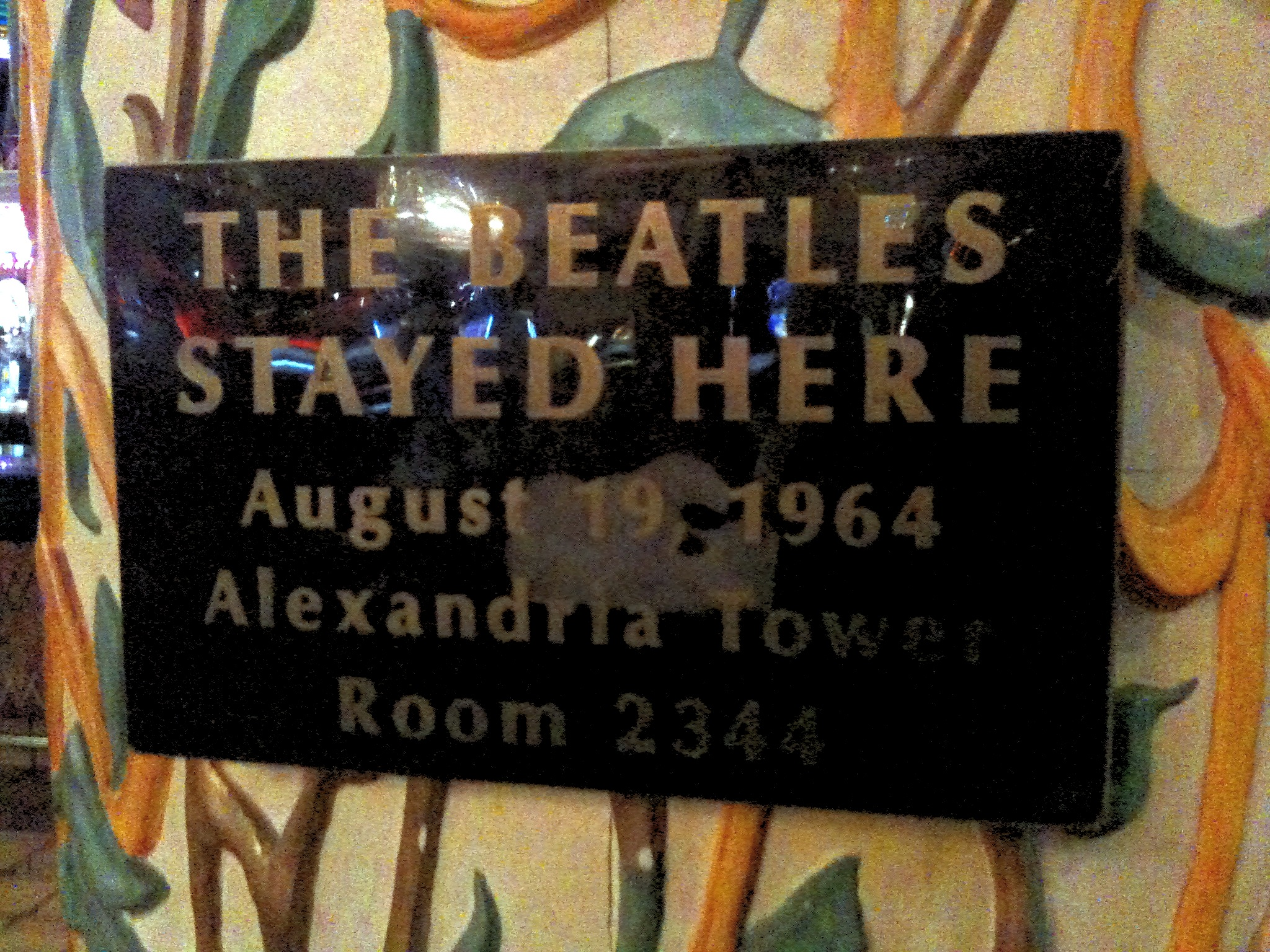 File:The Beatles Stayed Here August 19 1964 Alexandria Tower Room 2344.jpg