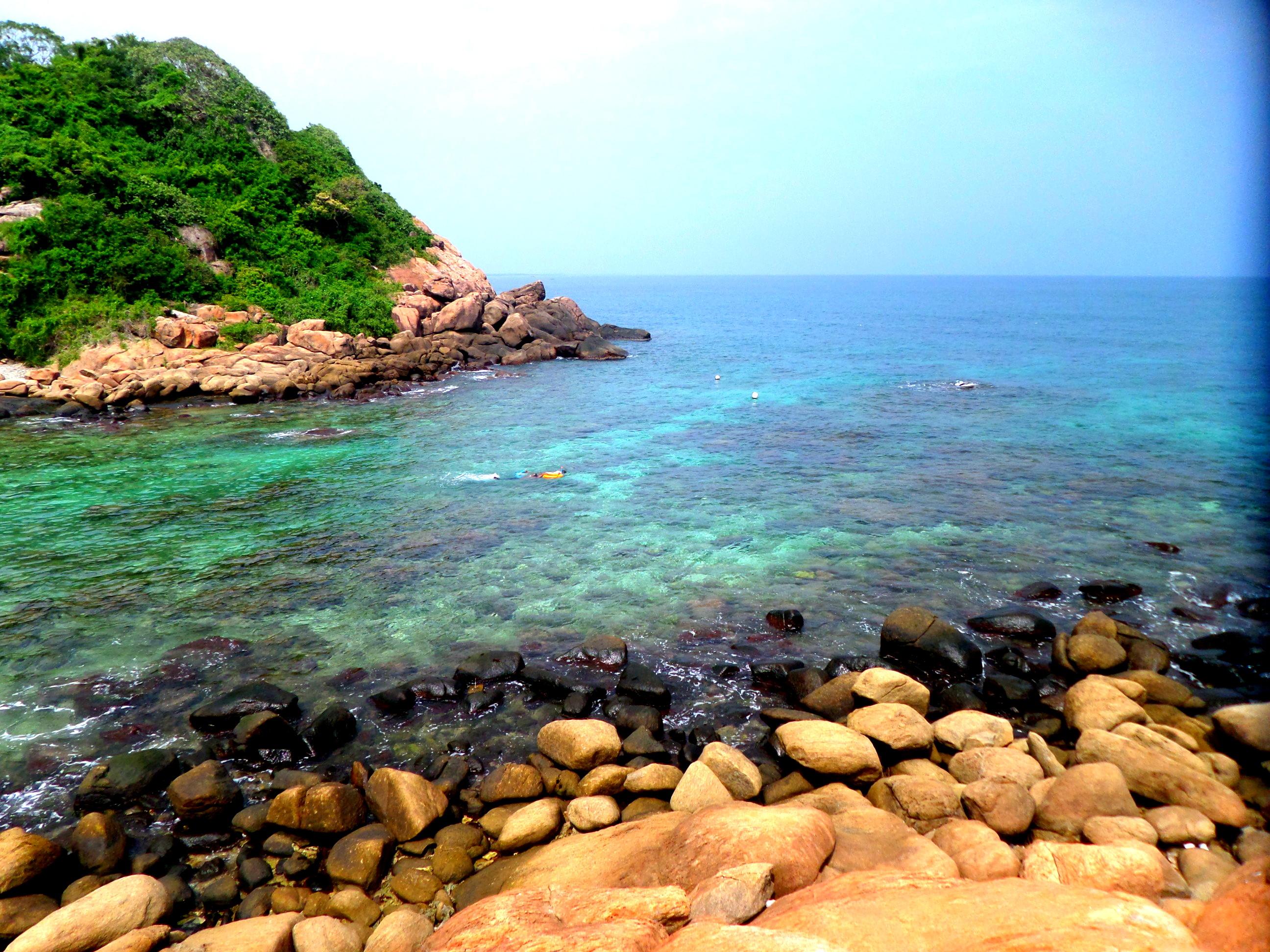 File:The Beauty of Pigeon Island - Beautiful Ocean.jpg - Wikimedia Commons