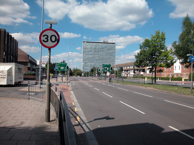Tolworth_in_2005