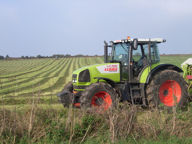 File Tractor Working Near Tynings Farm Geograph Org Uk