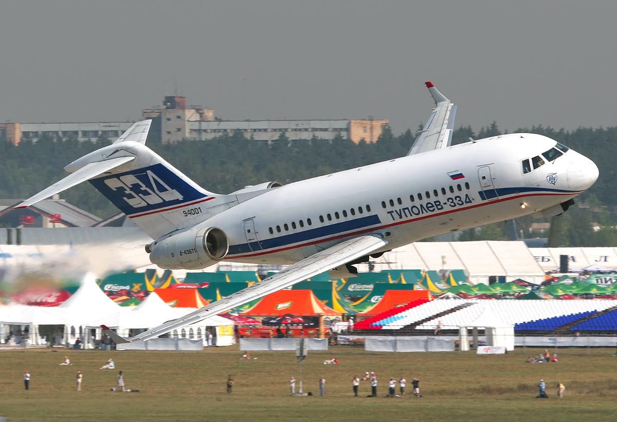 File:Tupolev Tu-334 at MAKS-2007 airshow.jpg