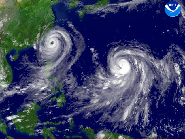[Obrazek: Typhoon_Talim_and_Typhoon_Nabi_regional_...24-01E.jpg]