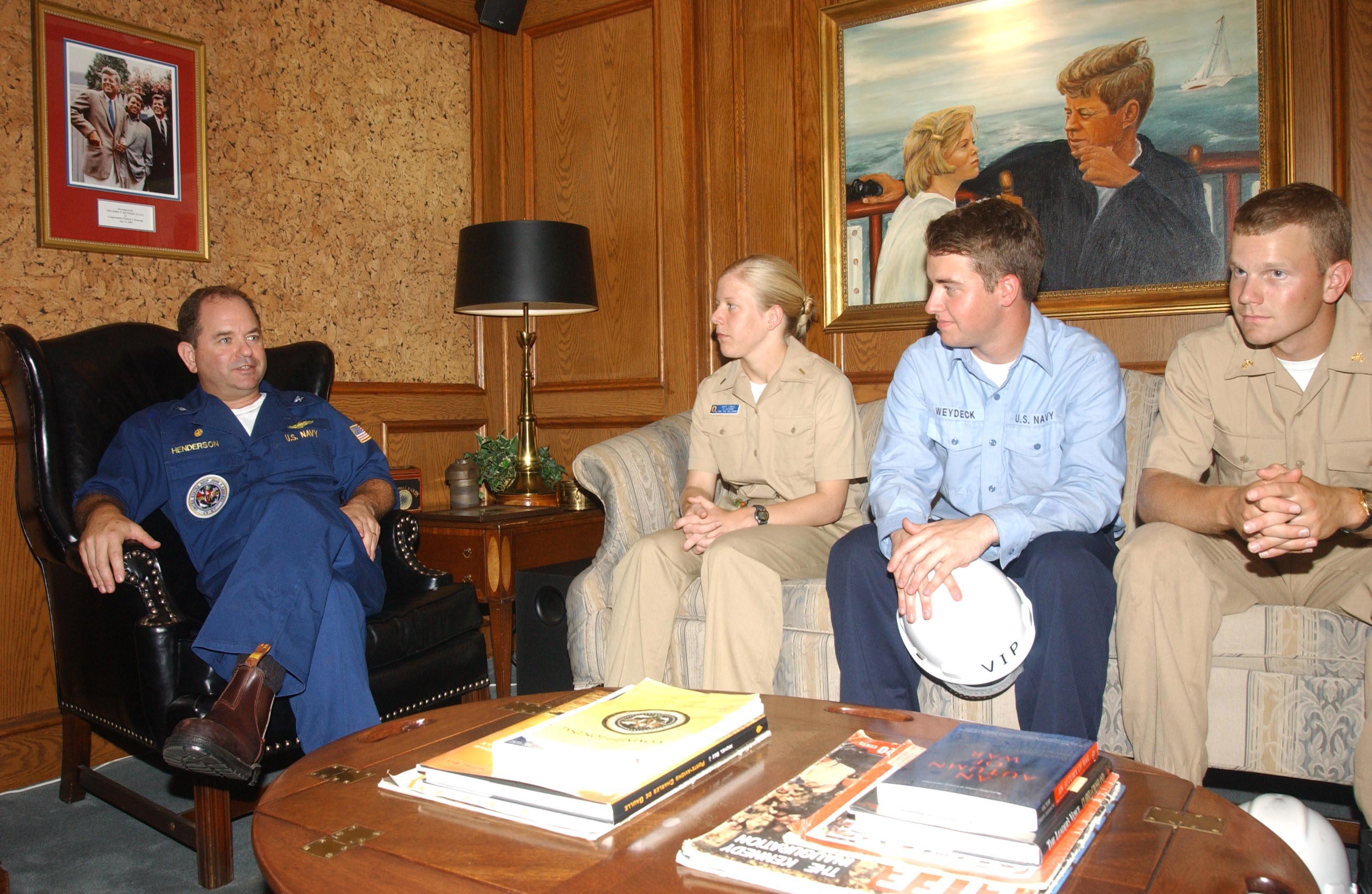 File Us Navy 030618 N 6651n 001 Capt Ronald H Henderson