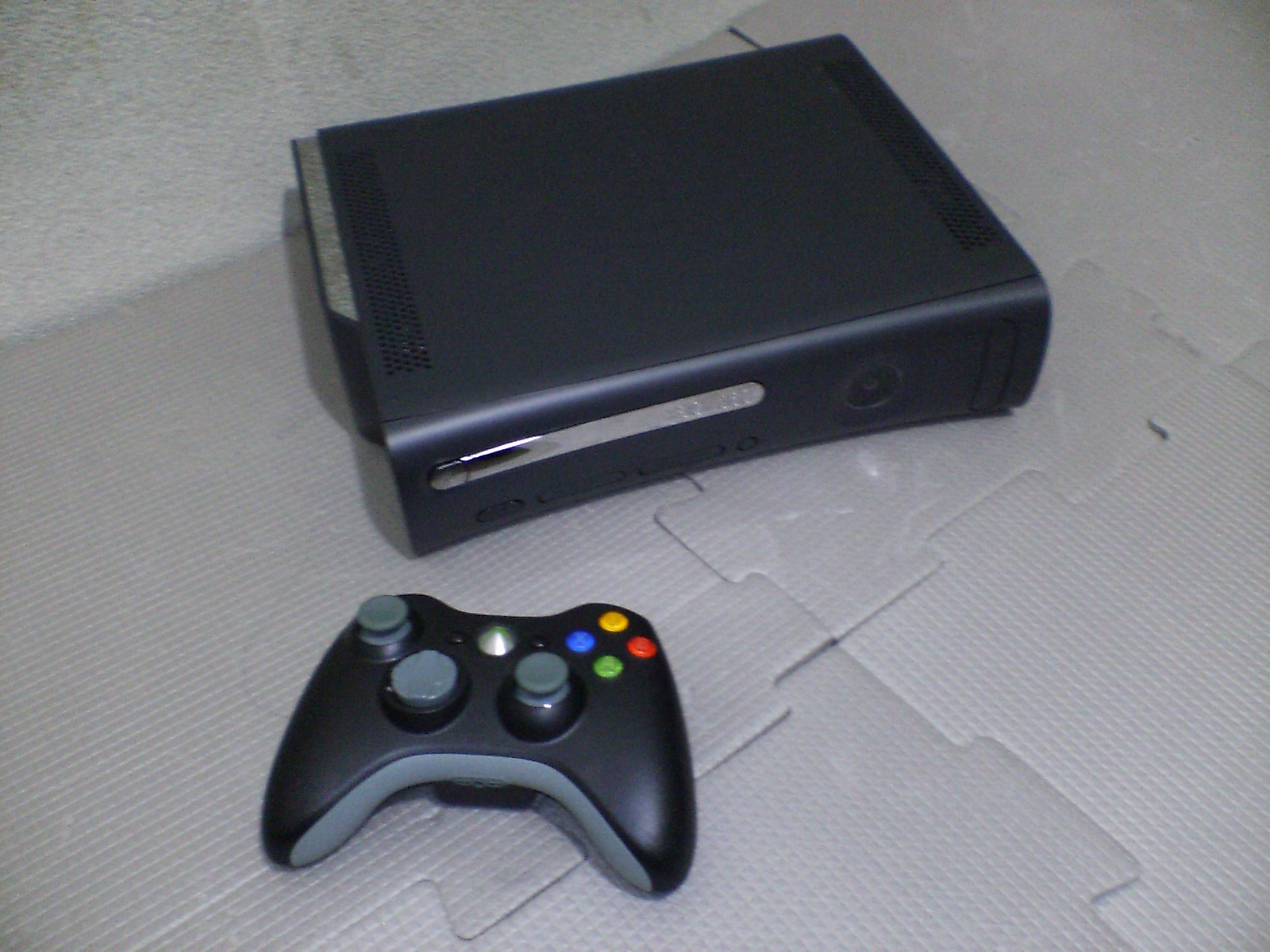 File:Xbox360Elite.jpg - Wikipedia