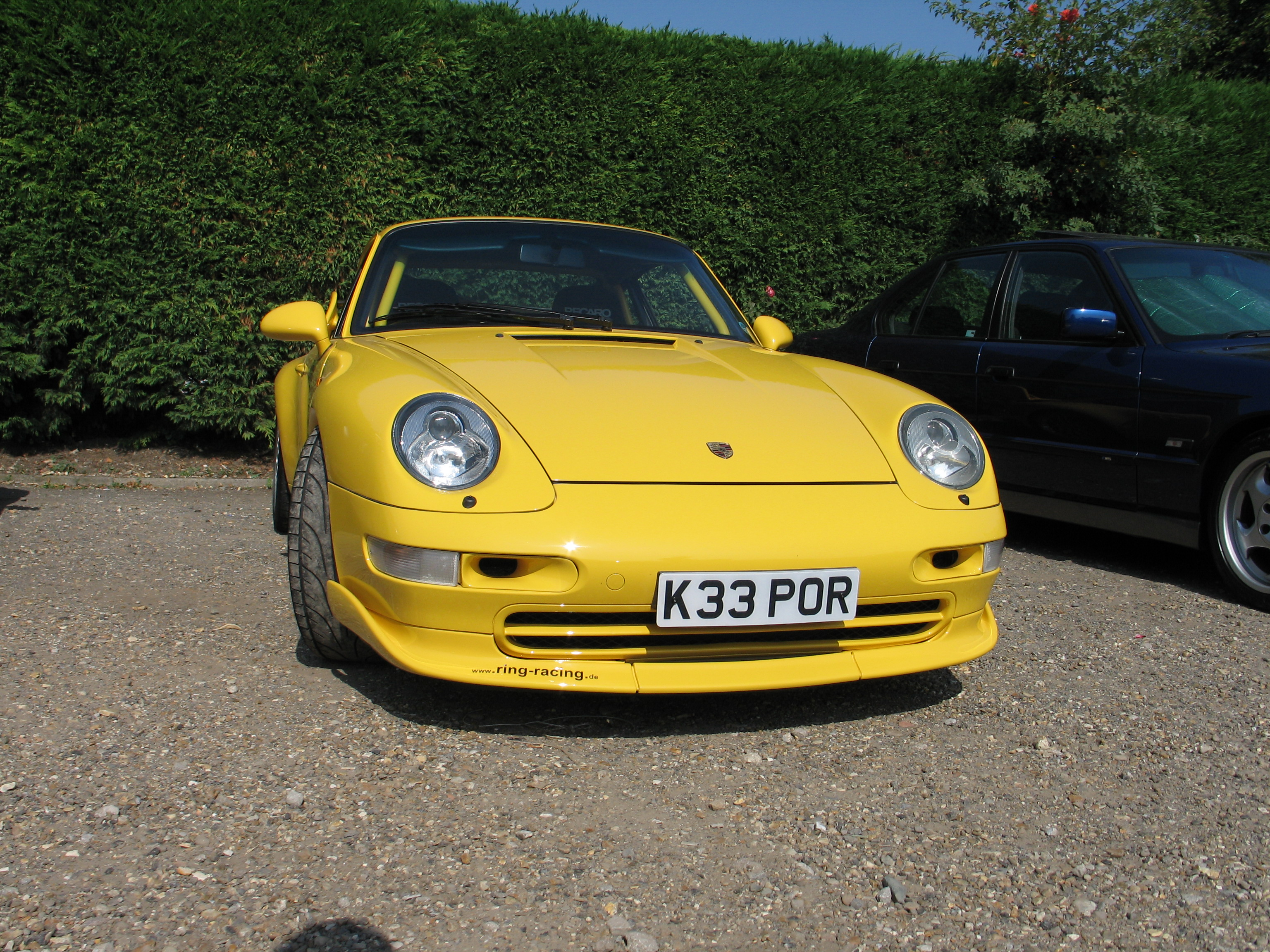 file yellow porsche 911 carrera rs type 993 clubsport coup jpg wikimedia commons. Black Bedroom Furniture Sets. Home Design Ideas