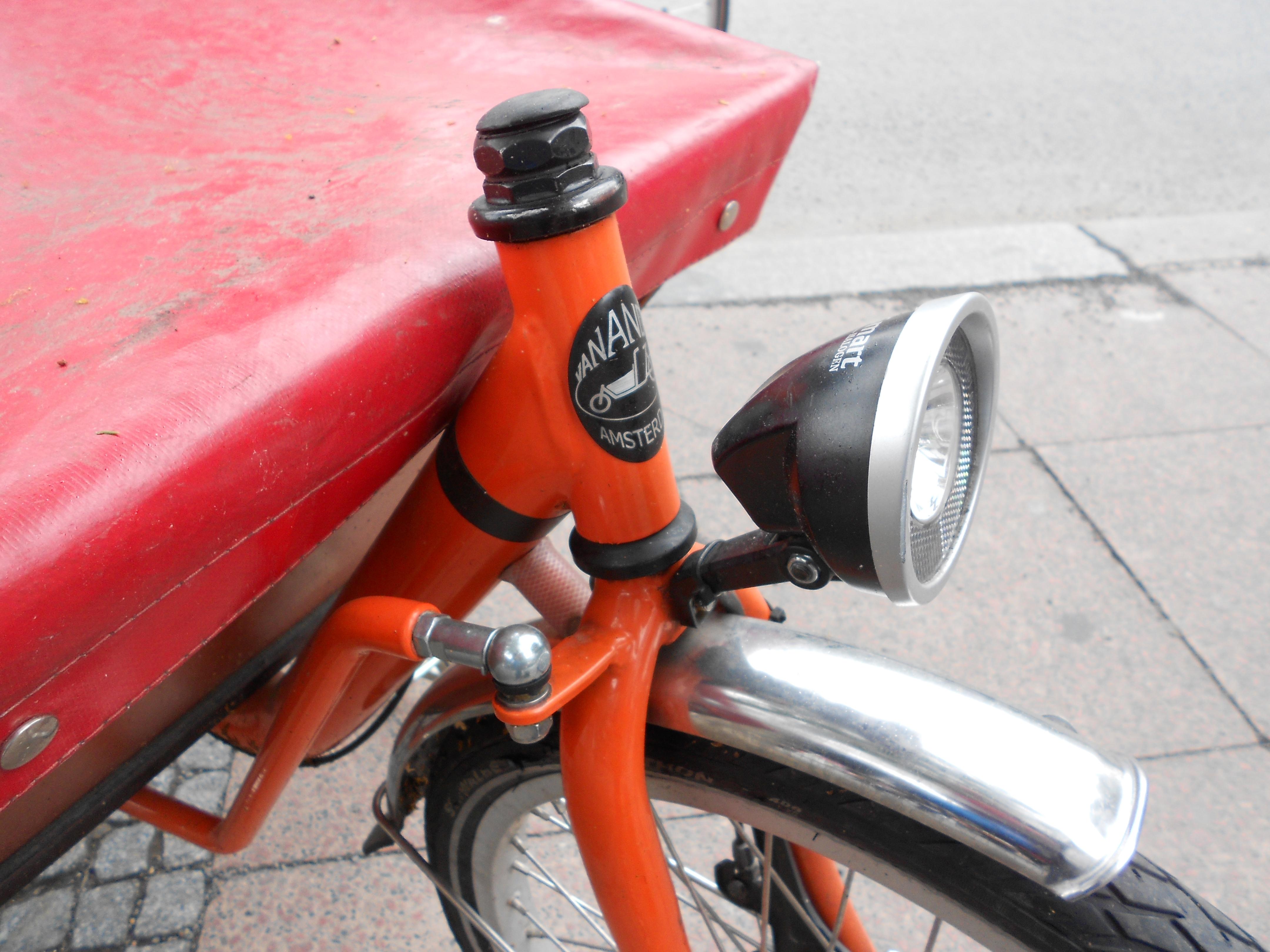 12-06-26-Велосипед-или-автомобили в Берлине-07.jpg