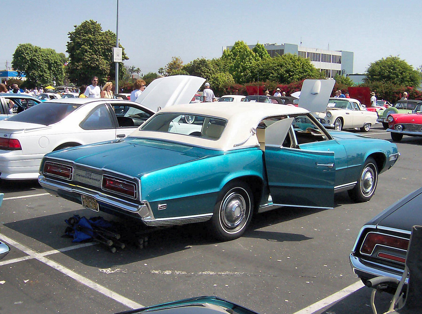File:1969 Blue Ford Thunderbird rearquarter.jpg ...