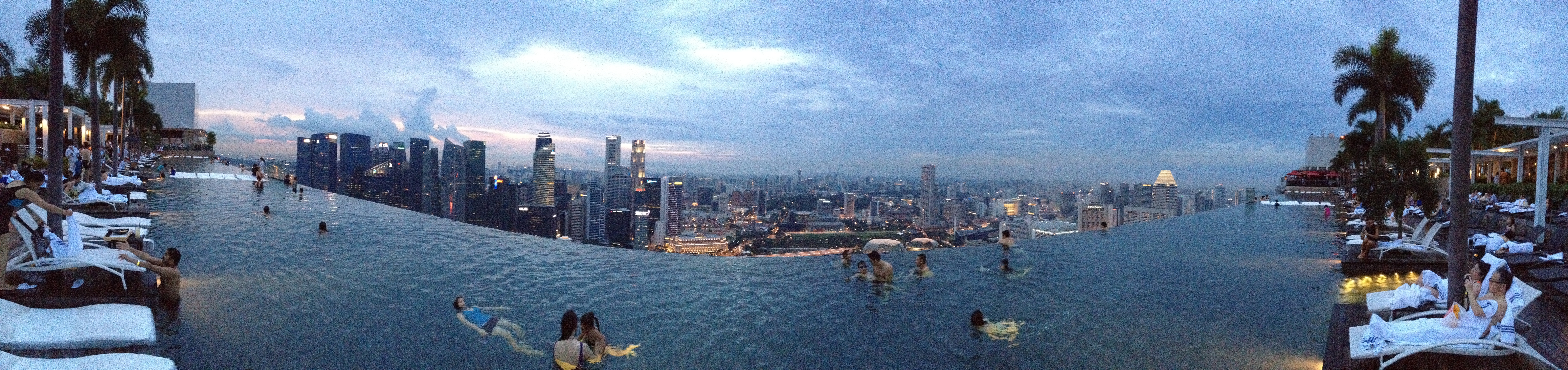 File 2012 12 30 Marina Bay Sands Infinity Pool Jpg Wikimedia Commons