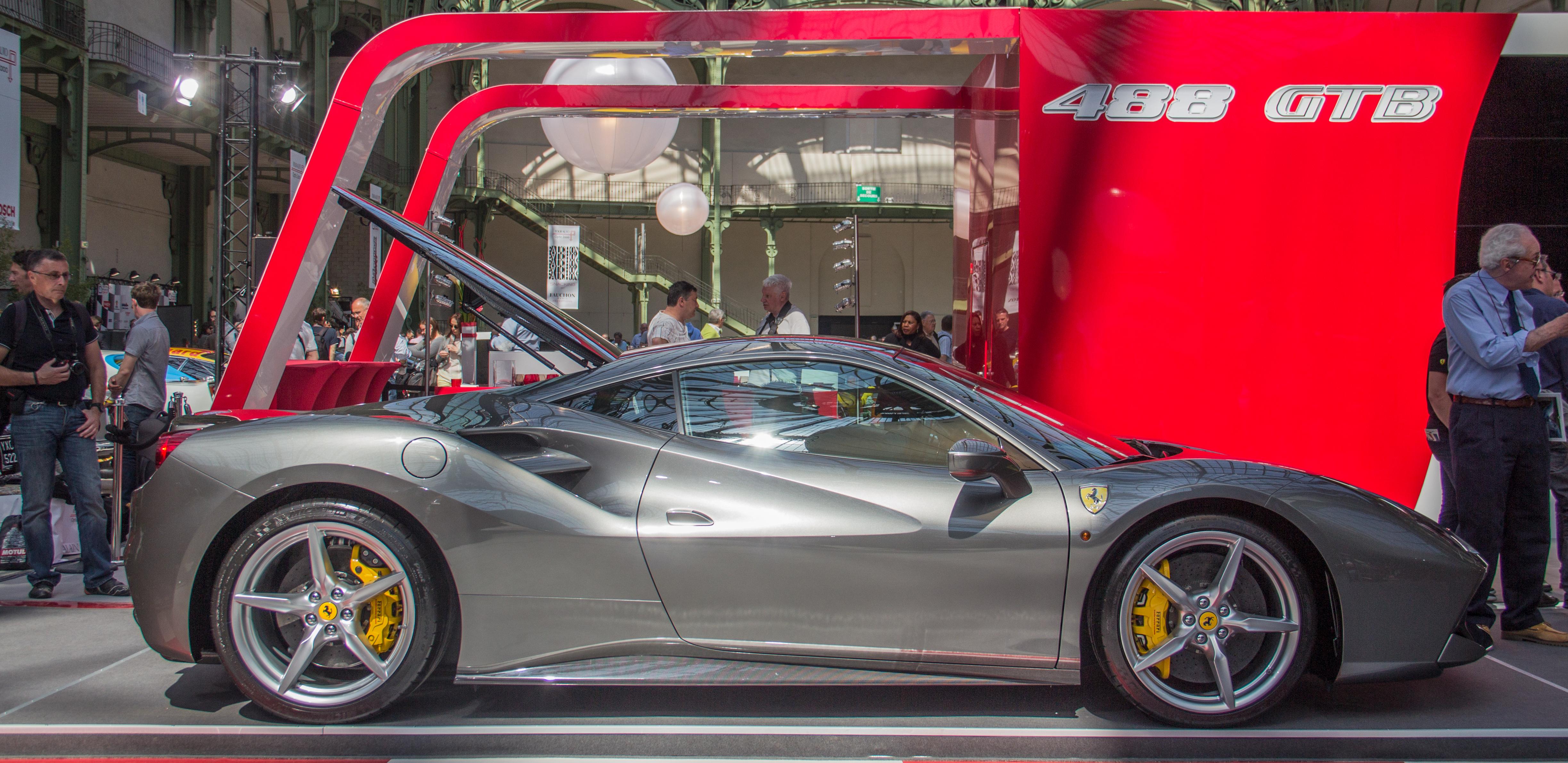 Ferrari 488 reviews