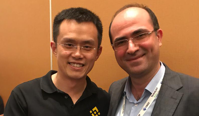 cryptocurrency exchange at the consensus 2018 conference in Singapore.jpg English: Ali Mizani Oskui and Changpeng Zhao CEO of Binance cryptocurrency exchange
