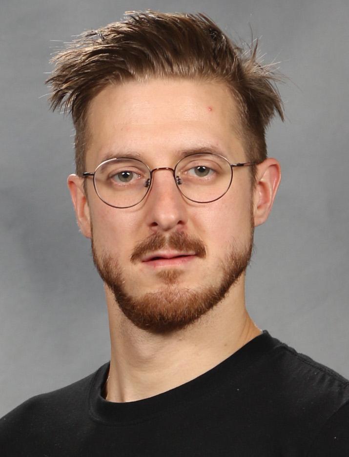 37-år gammel 180 cm høy Arthur Darvill i 2019