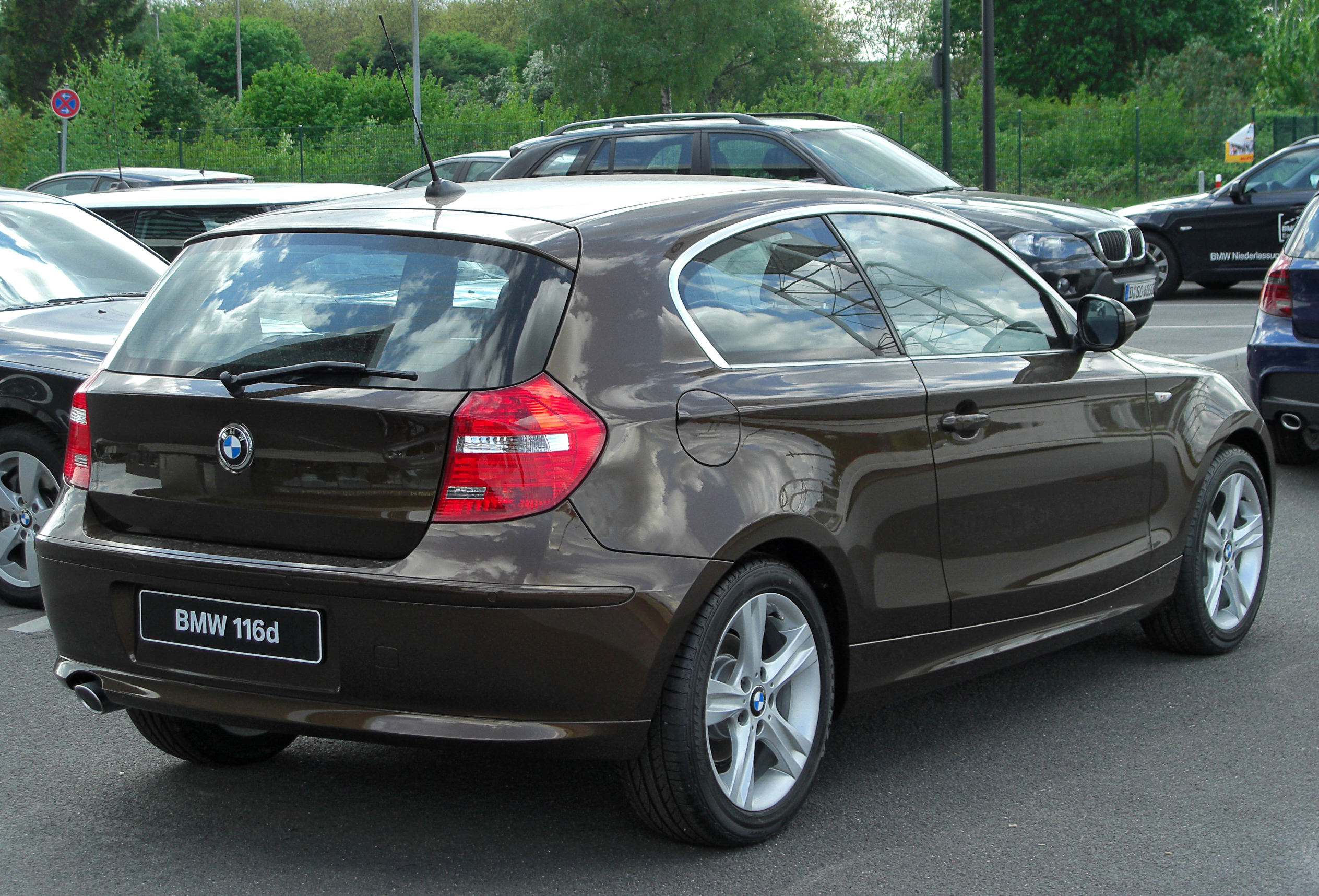 File Bmw 116d E81 Facelift Rear 20100501 Jpg Wikimedia
