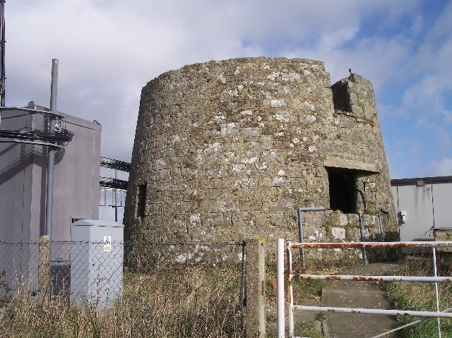 Base of Old Lighthouse on St Catherine's Hill - geograph.org.uk - 75858