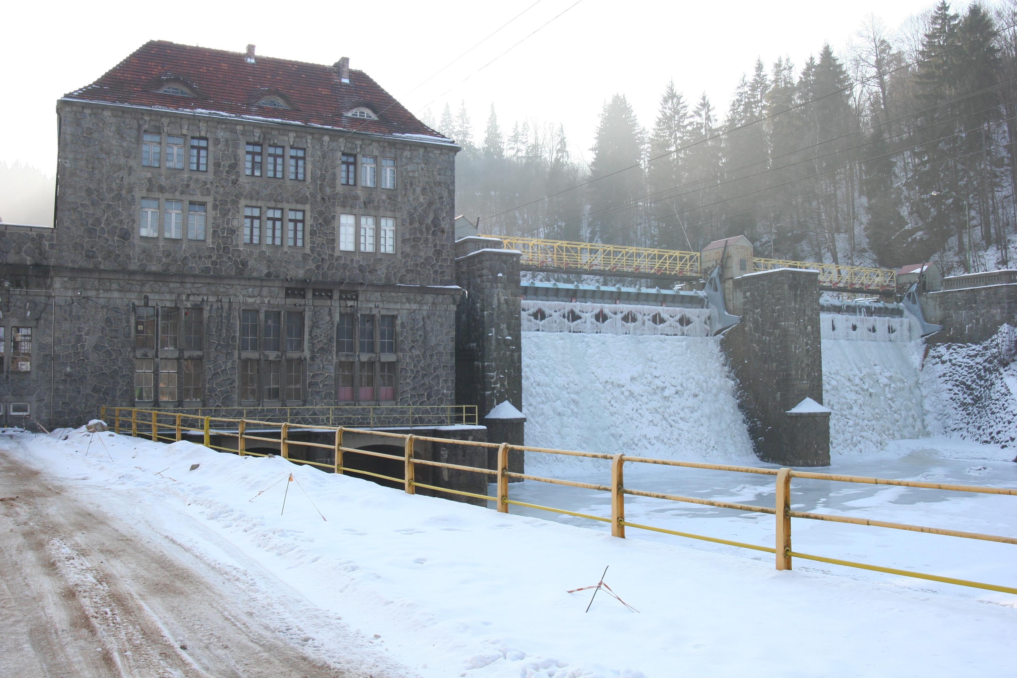Bobr_river_winter_03.jpg