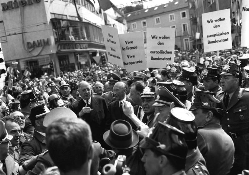 File:Bundesarchiv B 145 Bild-F013860-0004, Bonn, Staatsbesuch Präsident Charles de Gaulle.jpg