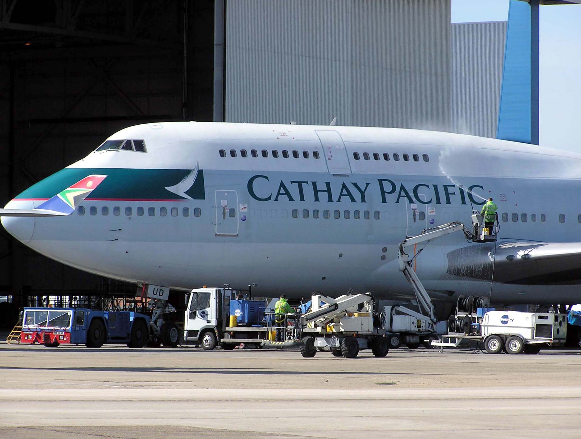 cathay pacific 747 travel and tourism