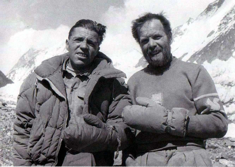 Expedición italiana al K2 de 1954 - Wikipedia, la enciclopedia libre