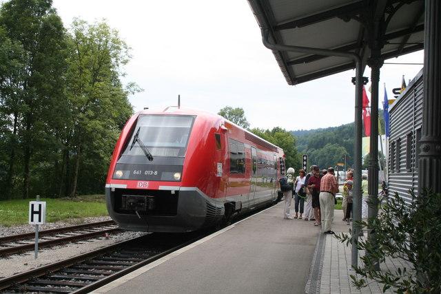 Weizen-Pendel im Bahnhof Weizen