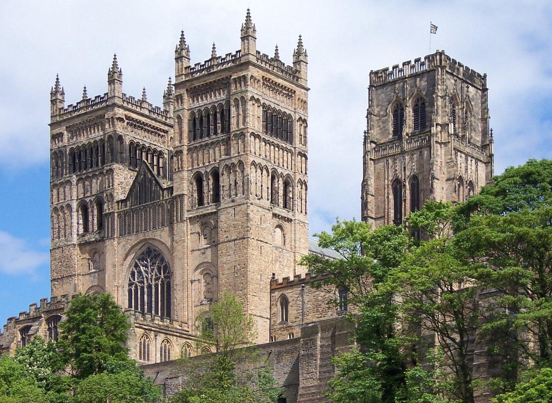 File:Durham Kathedrale Nahaufnahme.jpg - Wikimedia Commons