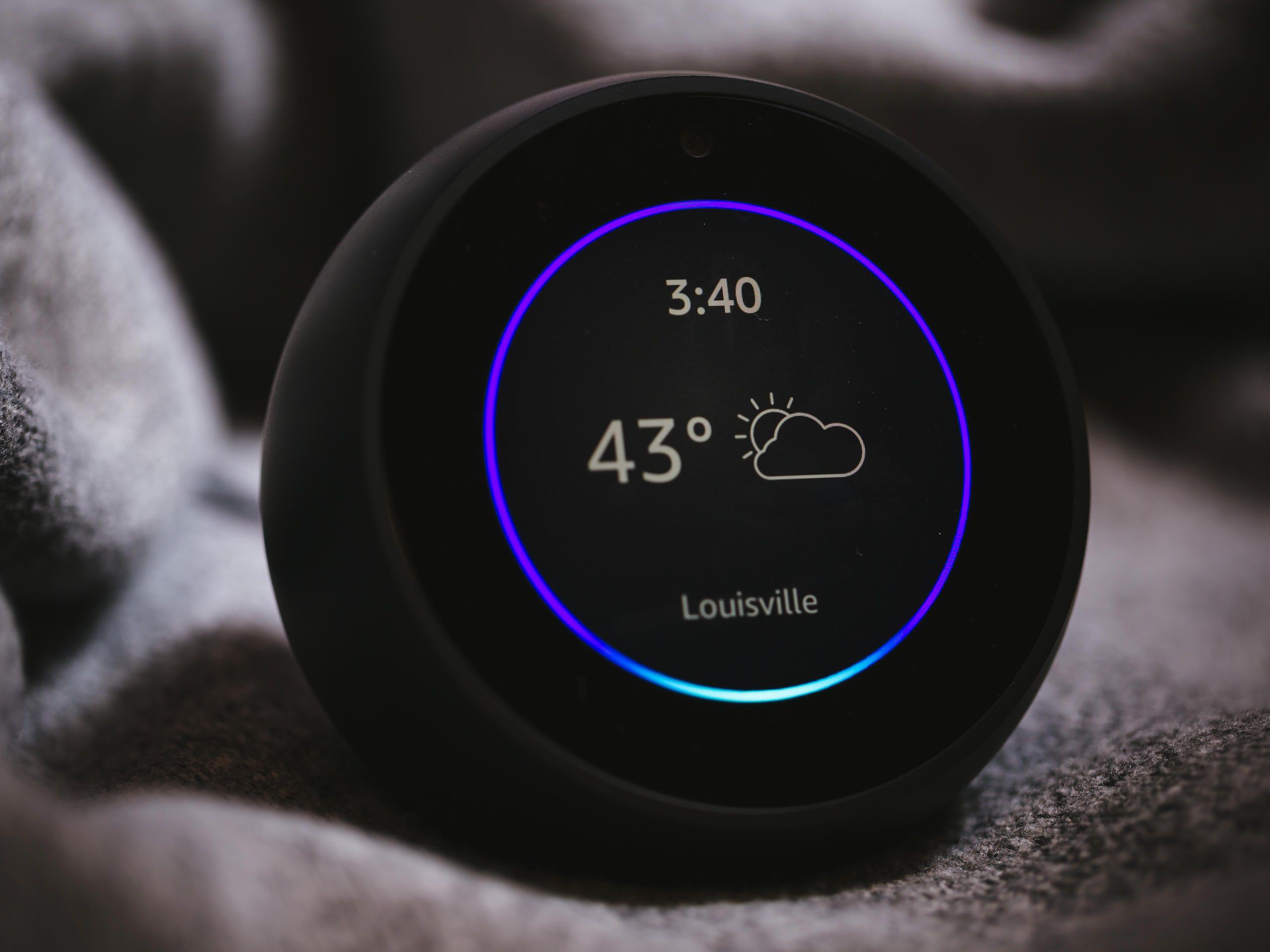 Alexa kann über das Echo Show auch Live-Bilder von der Haustür anzeigen