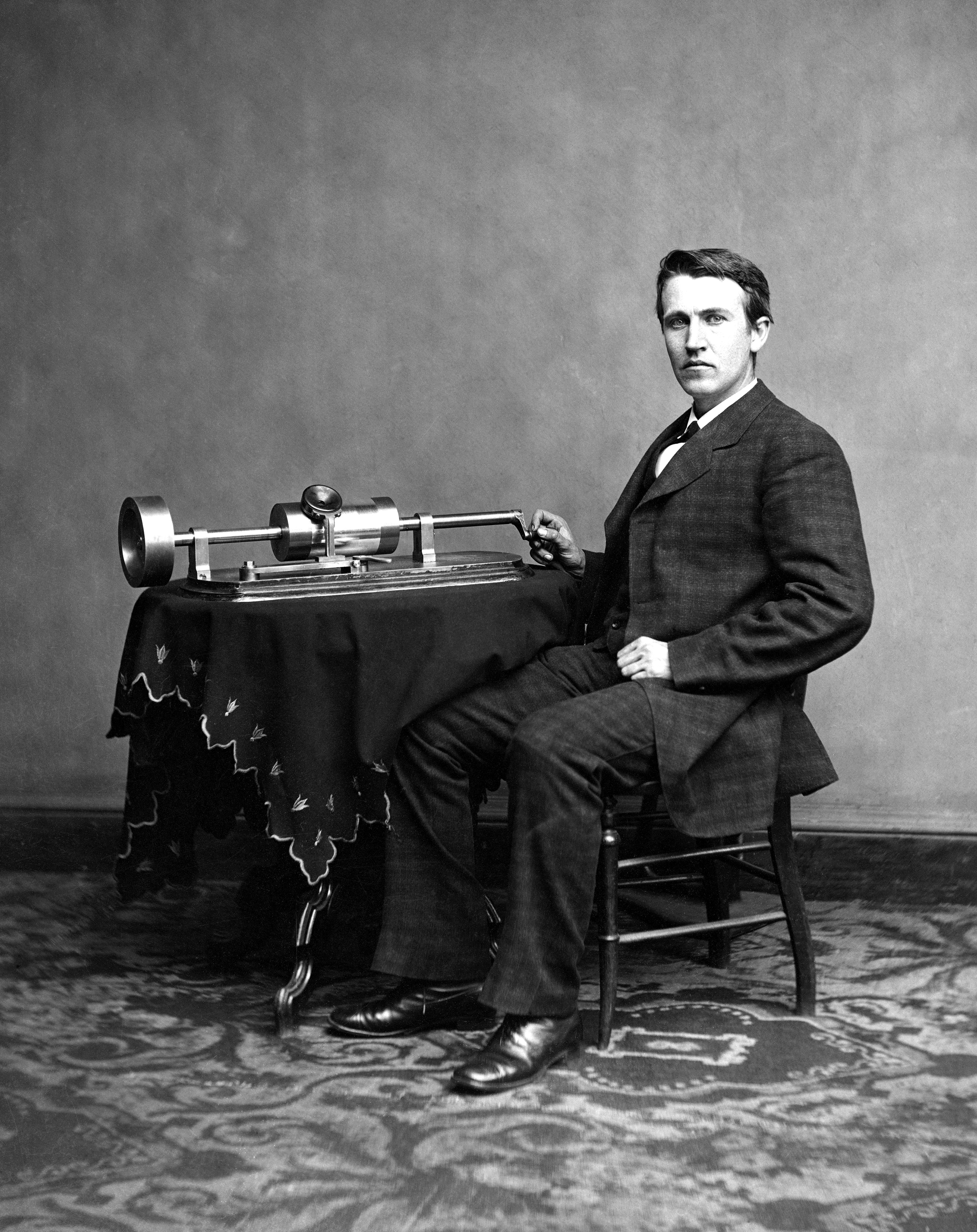 File edison and phonograph wikimedia commons for The edison