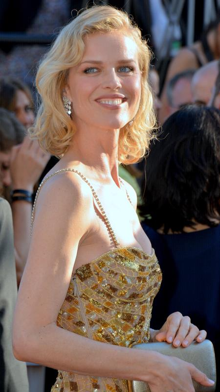 File Eva Herzigova Cannes 2017 Jpg Wikimedia Commons