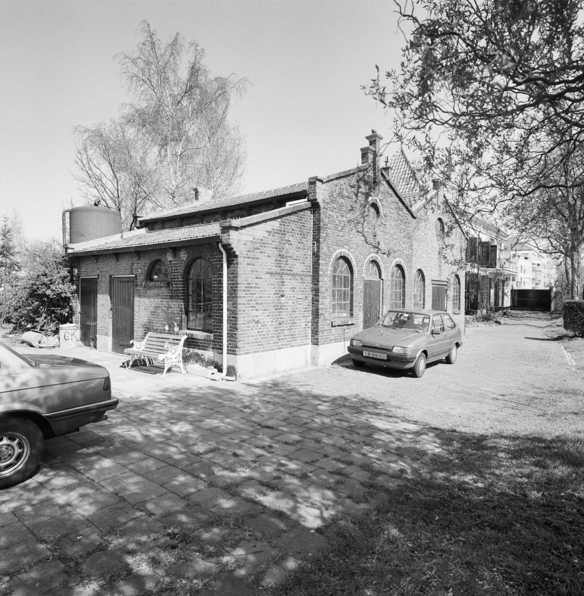 File exterieur overzicht fabrieksgebouwtje petroleumgasfabriek bij huis middendorp voorburg - Huis exterieur ...