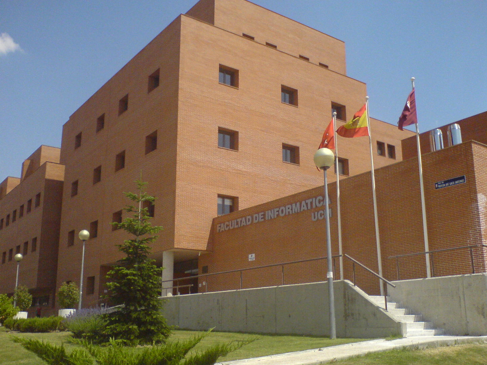 Facultad de Informática (Universidad Complutense de Madrid) - Wikipedia, la  enciclopedia libre