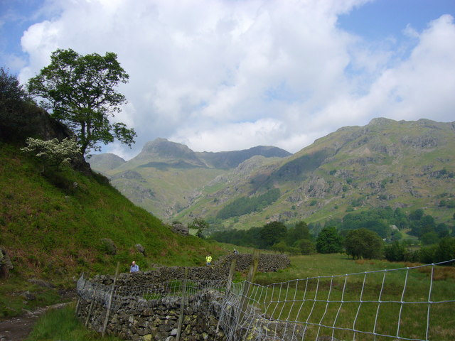 Great Langdale from the Cumbria Way - geograph.org.uk - 832524