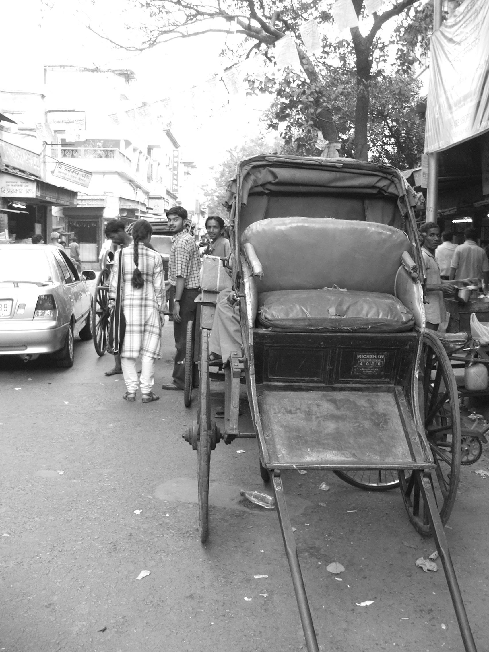 A rickshaw in college street