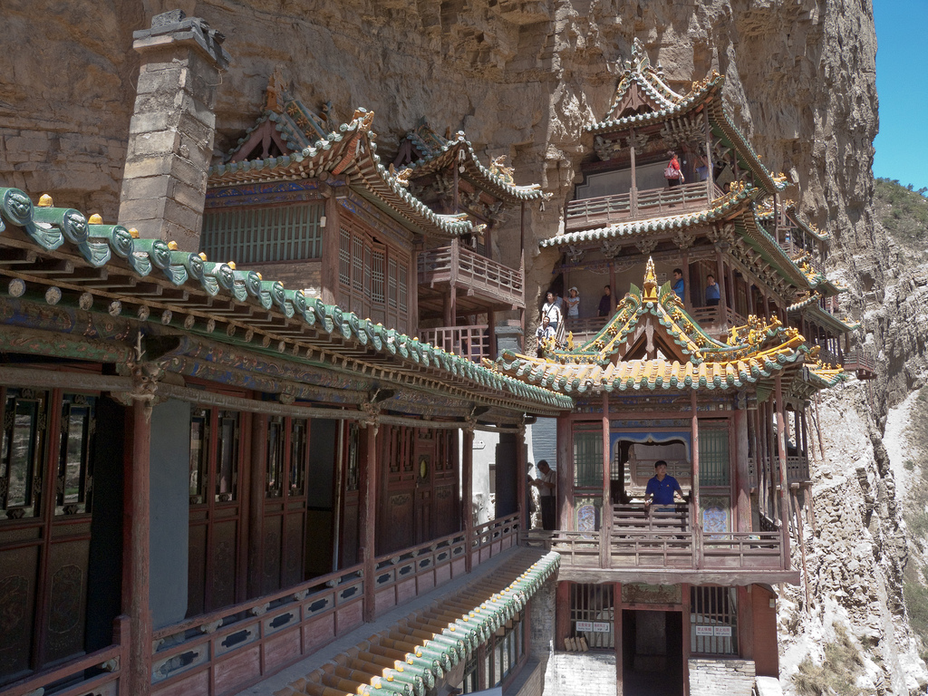 omg-facts-hanging-temple-in-china
