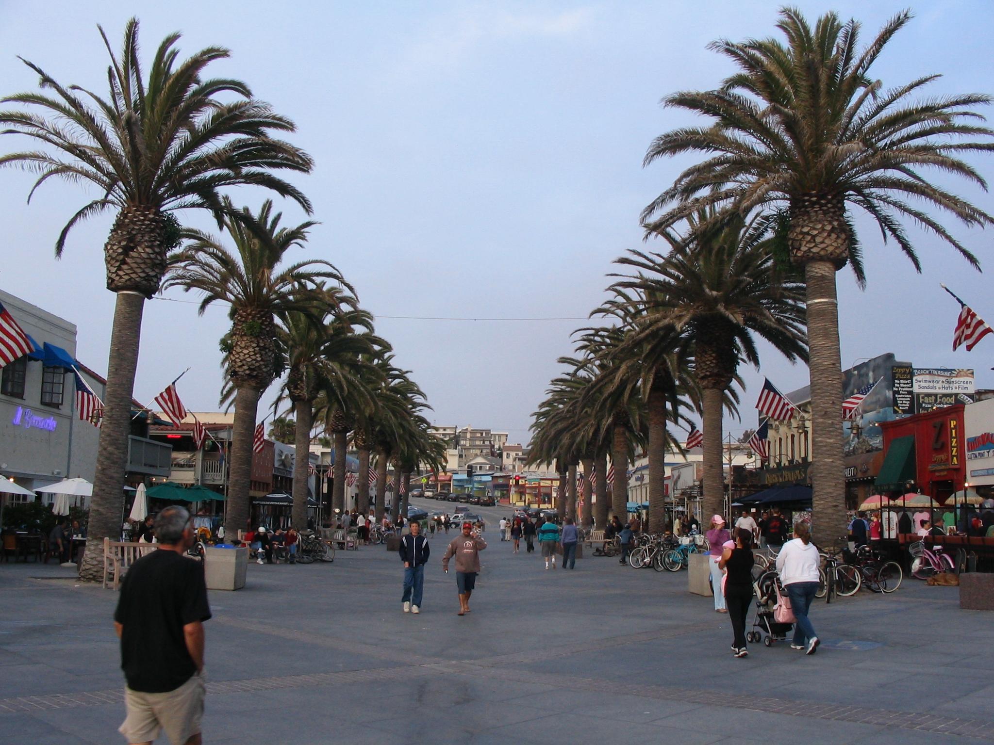 Hermosa Beach Street Fair
