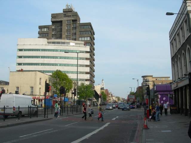 File:Holloway Road outside Holloway Road Station - geograph.org.uk - 411050.jpg