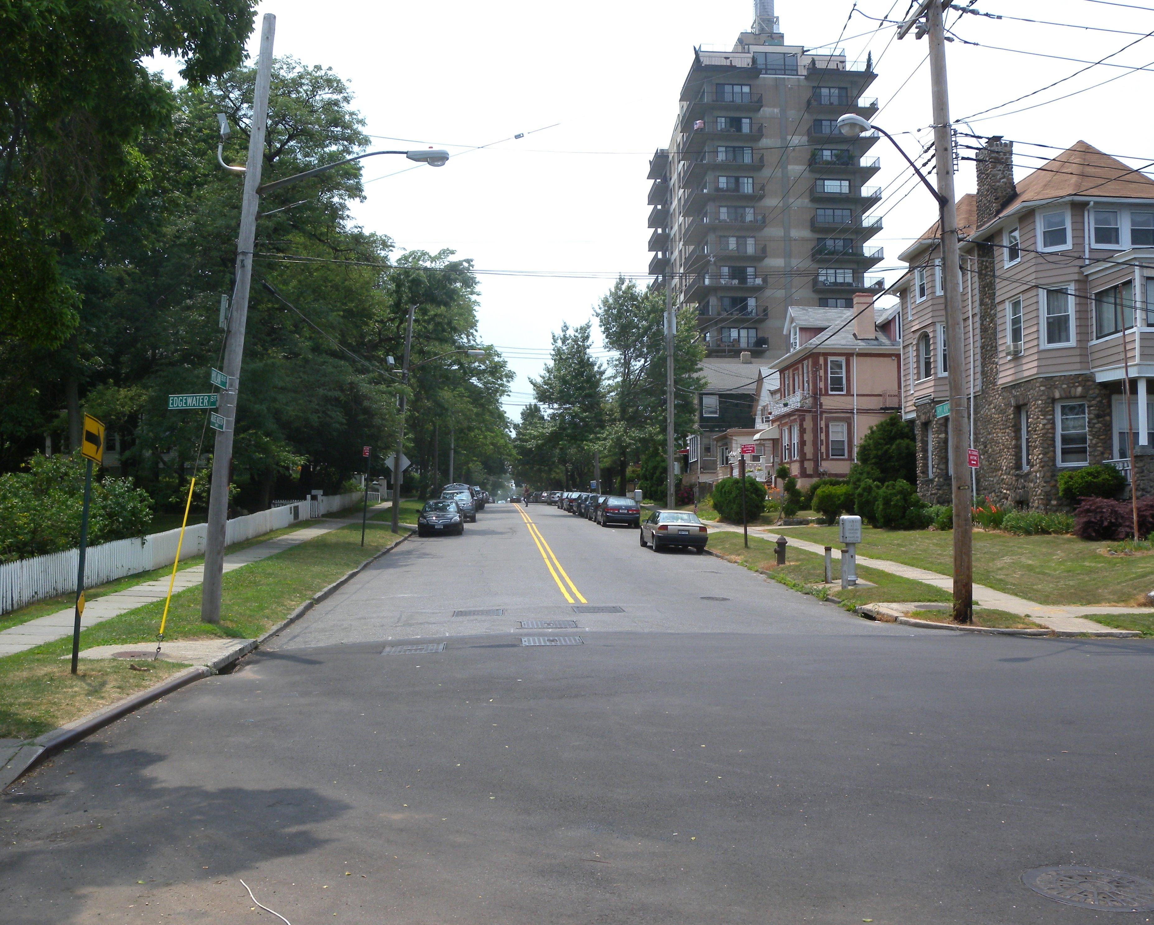 B Victory Blvd Staten Island