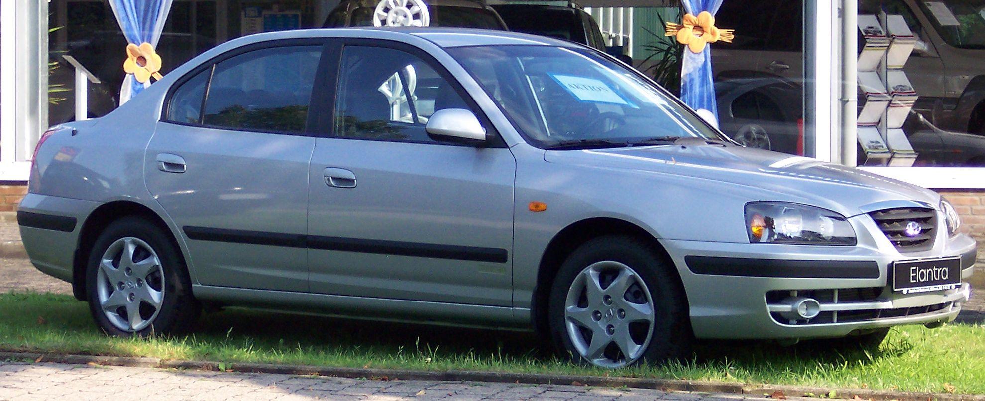 mi auto no parte snif snif..!!!!! Hyundai_Elantra_silver_vr