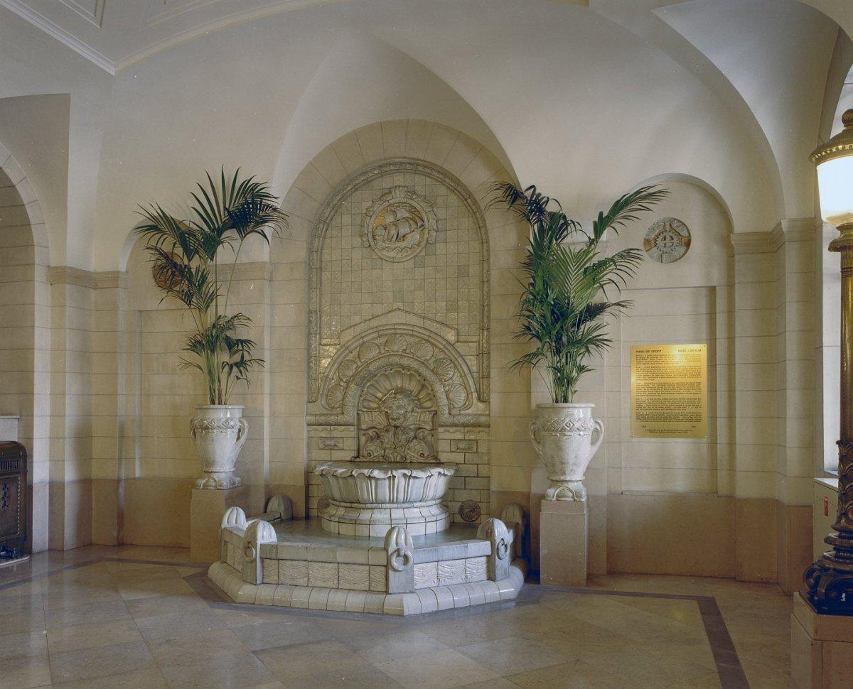 File interieur vestibule overzicht naar wandfontein for Interieur rotterdam