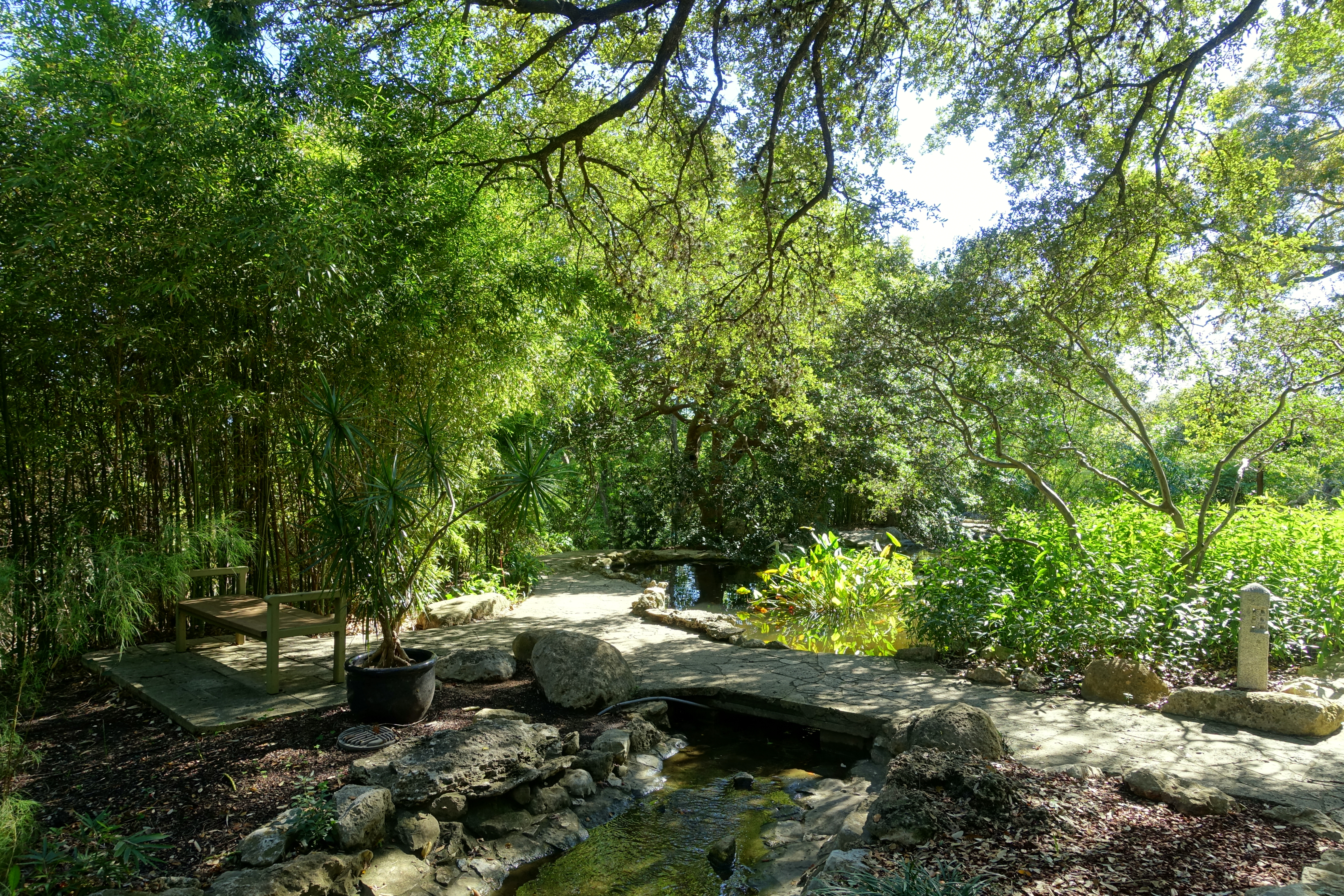 File:Isamu Taniguchi Japanese Garden   Zilker Botanical Garden   Austin,  Texas   DSC09035