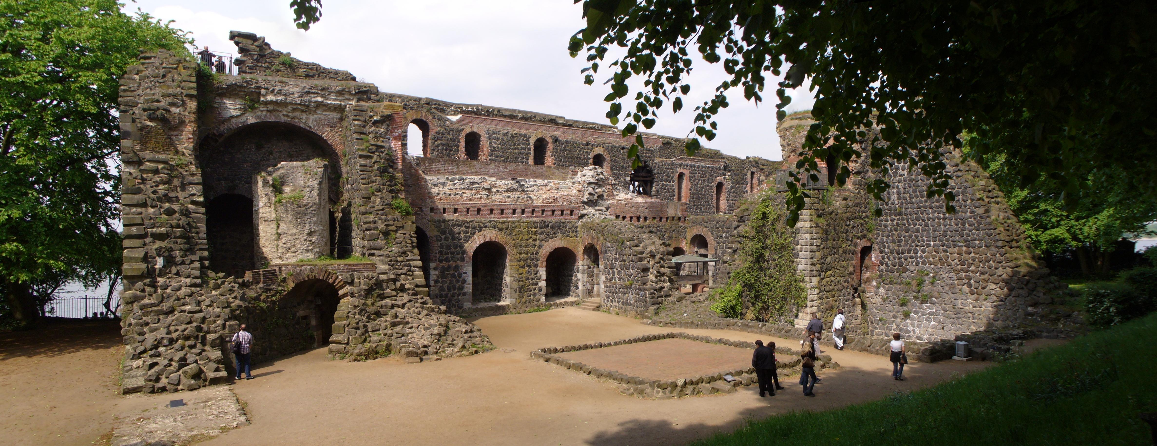 Ruinas de Kaiserpfalzes