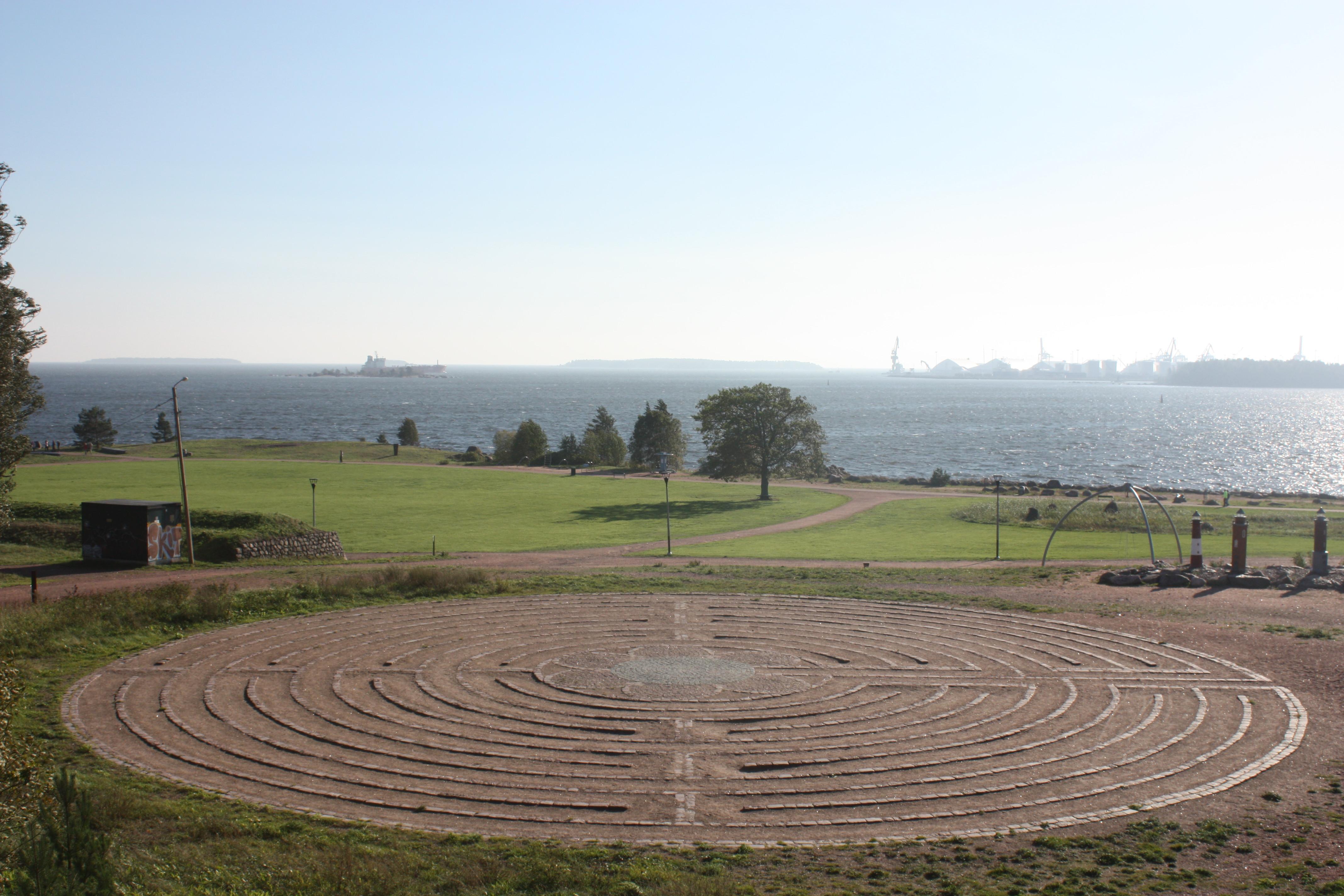 Katariinan meripuisto labyrintti.jpg