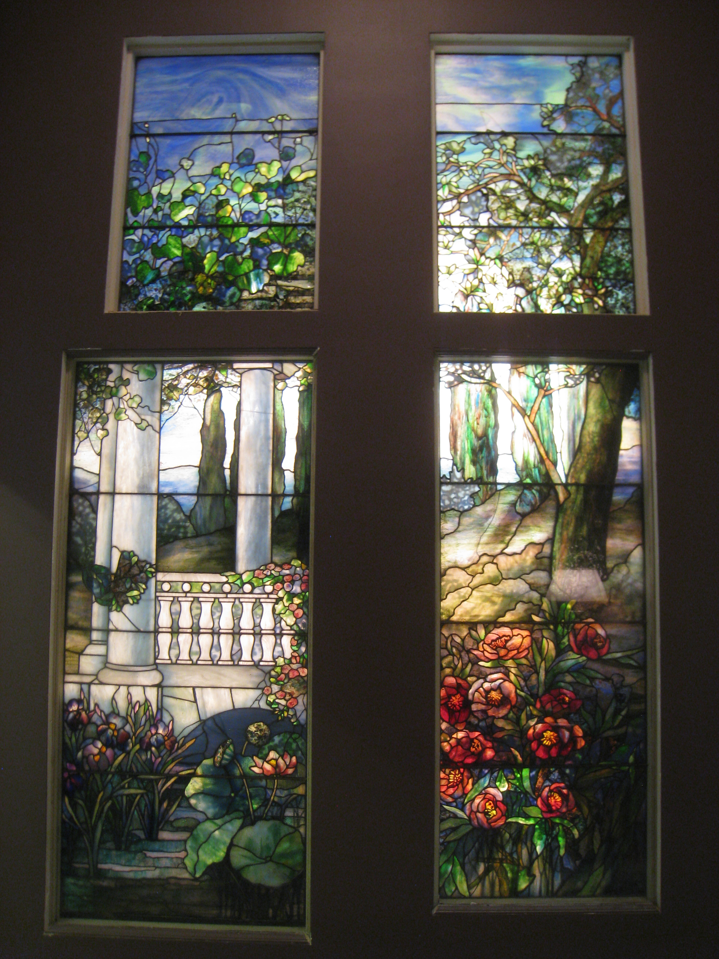 louis comfort tiffany creator of art In 1918 louis comfort tiffany established a foundation to operate laurelton hall - his estate at cold spring harbor, long island - as a summer retreat for young artists and craftspeople tiffany, son of the founder of the famous new york jewelry store tiffany & co, was himself a painter, interior decorator, and renowned innovator in the design .
