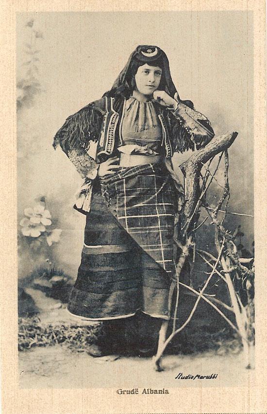 100 jahren albanien dating