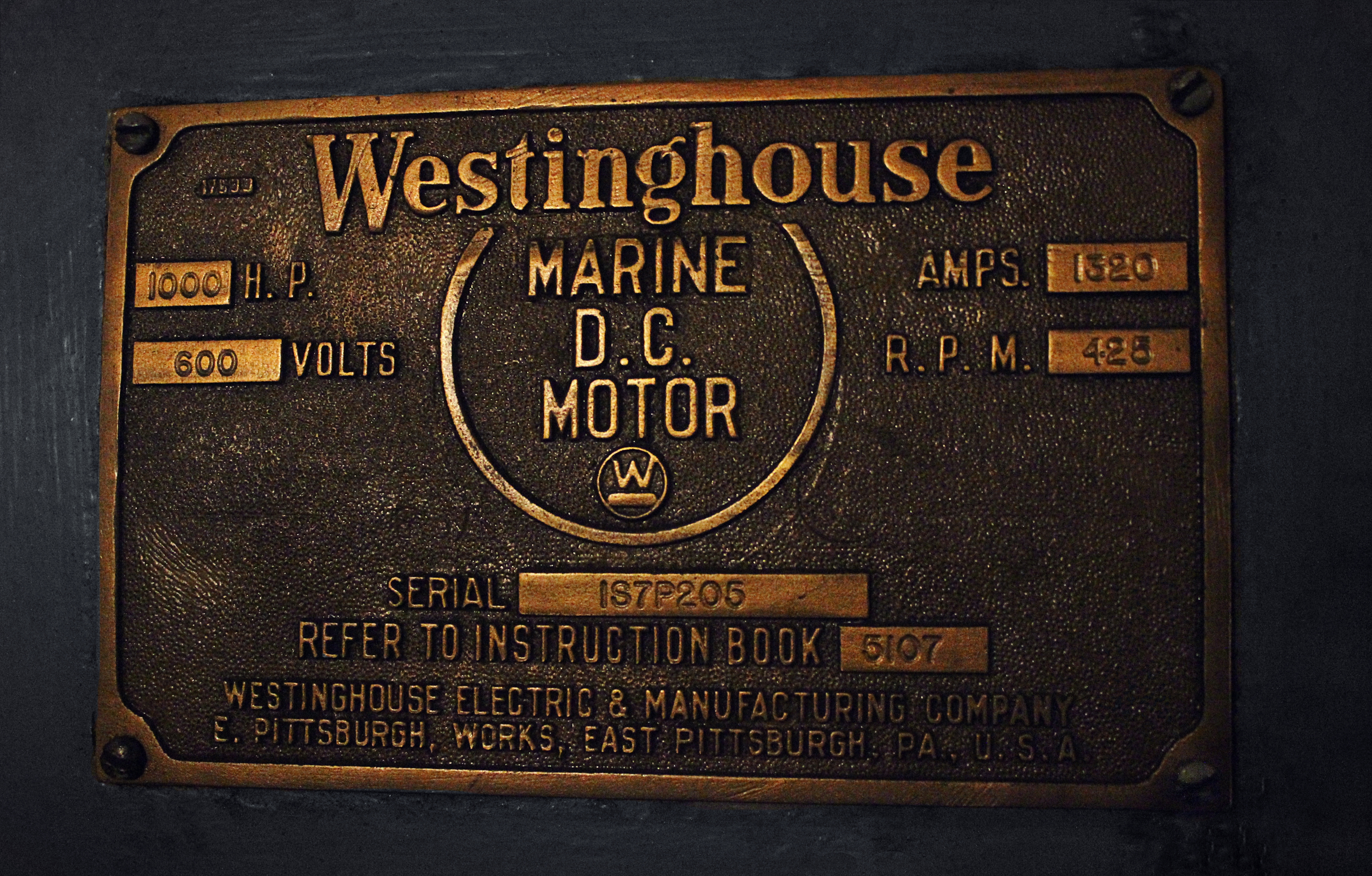 File:Nameplate for one of Fireboat Firefighter 's 600V DC