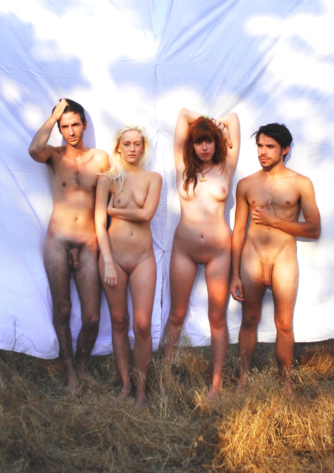Familie nackt in sauna