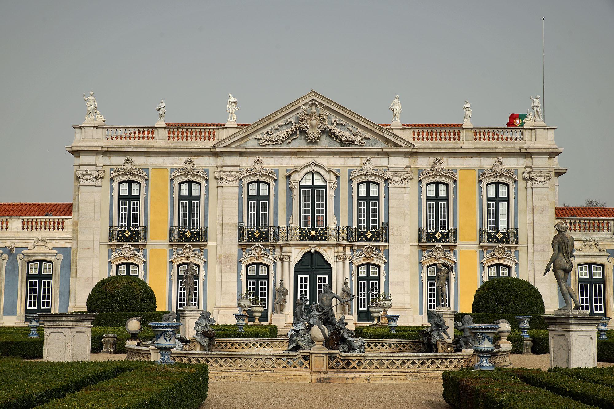 File:Palácio Nacional de Queluz DSC04937 - QUELUZ (32558819844).jpg -  Wikimedia Commons