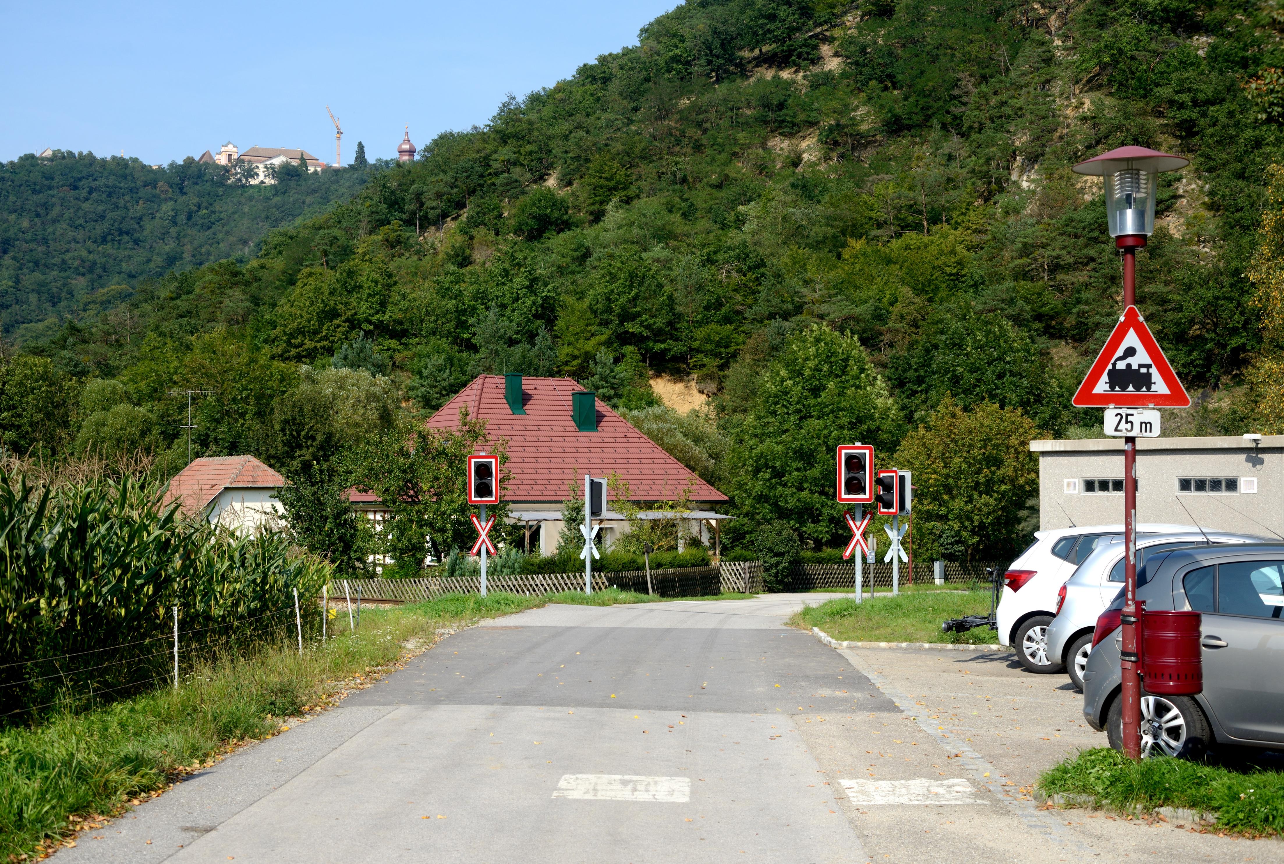 File Paudorf Ek Km 13 240 Bruckenweg Jpg Wikimedia Commons